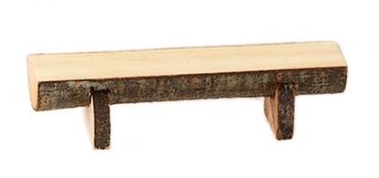 Een zitbankje voor kabouters of poppenhuis, gemaakt van een halve mini boomstronk.