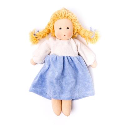 Image de Wolke aux tresses blondes