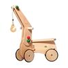 Houten kraan als opbouw op de houten speelgoed loopauto.