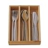 Petit casier en bois contenant des couverts inoxydables jouets: 4 couteaux, 4 fourchettes et 4 cuillers à soupe.
