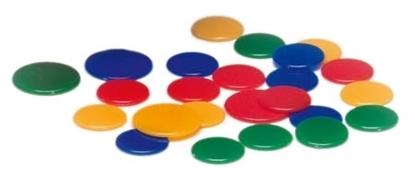4 grote fiches voor vlooienspel, 1 rode, 1 gele, 1, blauwe, 1 groene. 20 kleine fiches , 5 in elk van de 4 kleuren.