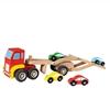Camion jouet en bois rouge sur lequel sont transportés 4 petites voitures.