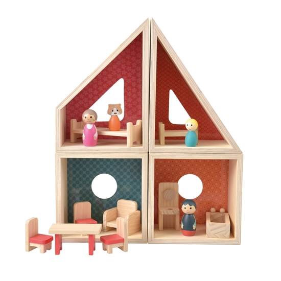 4 verplaatsbaar poppenhuismodules met poppenmeubeltjes en  poppetjes in roze en groen tinten.